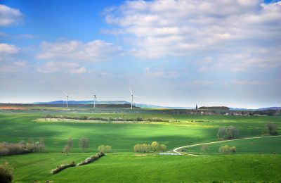 The largest renewable companies and stocks
